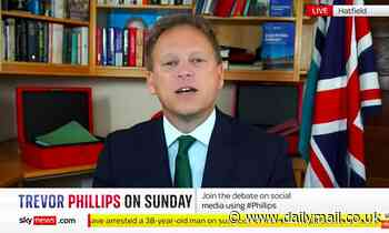 Grant Shapps accuses haulage firms of 'manufacturing' fuel crisis
