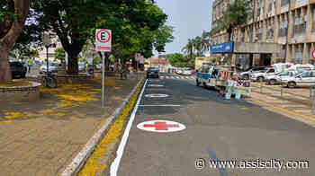 Prefeitura de Assis realiza repintura da sinalização do núcleo hospitalar - Assiscity
