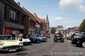 Whitbread Classic laat dorpscentrum herleven met prachtige bolides en gezellig drukke zomerbar