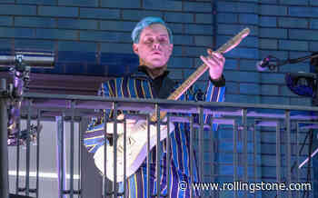 See a Blue-Haired Jack White Celebrate Third Man's London Opening With Balcony Gig