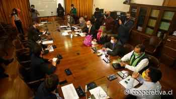 Cuarto retiro: Diputados preparan jornada clave de este lunes en la Comisión de Constitución