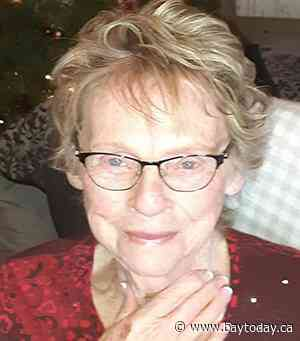 VACHON, Theresa Agness ( née Larocque)