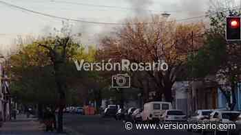 Terrible incendio en Villa Gobernador Gálvez pudo verse desde Rosario - Versión Rosario