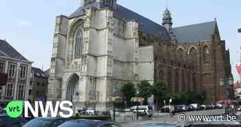 """Steen van de Sint-Sulpitiuskerk Diest valt naar beneden: """"Kerkgangers kunnen met een gerust hart naar de mis komen"""" - VRT NWS"""