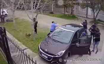 Video: la asaltaron y se desmayó del susto, en Quilmes - Diario Río Negro