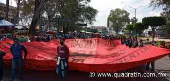 Llega marcha normalista al Centro Histórico de Morelia - Quadratín - Quadratín Michoacán