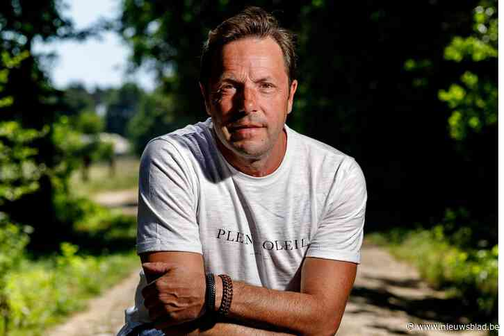 """Drukke dagen voor Peter Vanlaet (54) en Mama's Jasje : """"Agenda vol met nieuwe plaat en concerten"""""""