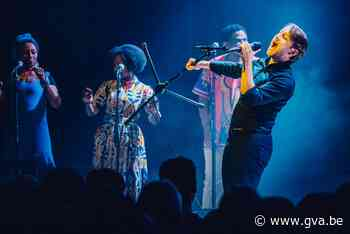 Stef Bos speelt solo, Sioen speelt Graceland - Gazet van Antwerpen