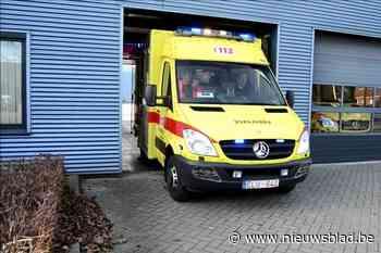Fietsster raakt gewond bij aanrijding - Het Nieuwsblad