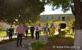 Abuelitos reciben mimos en renovado hogar en Lambaré - Hoy