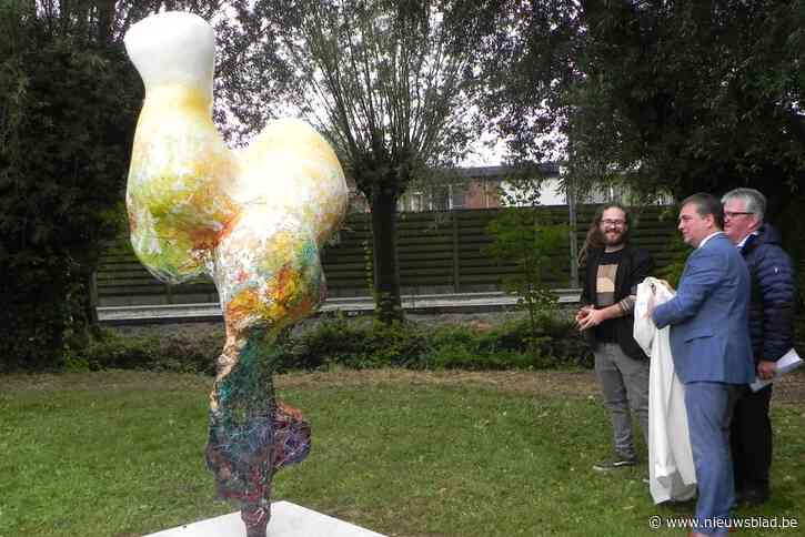 Kunstwerk 'de herinnering' onthuld langs Collievlinderpad