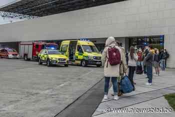Wachtende reizigers getuige van ongeval in station