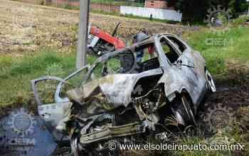 Arde automóvil tras chocar contra tractor en la Irapuato - Pueblo Nuevo - El Sol de Irapuato