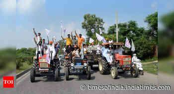 Traffic disruptions, 50 trains affected: Bharat Bandh evokes mixed response