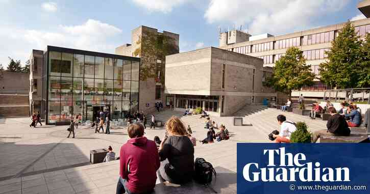 Students in England irate over reports of early loans repayment