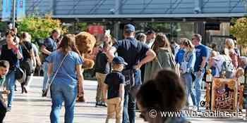 Geschäfte in Wolfsburg waren am Wahlsonntag offen - Shopping und Spielmeile war ein Erfolg - Wolfsburger Allgemeine