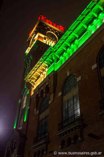 Se iluminan monumentos por el Bicentenario de México - buenosaires.gob.ar