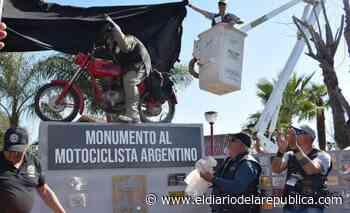 Eran casi mil máquinas: motoqueros tuvieron su fiesta en Merlo - El Diario de la República