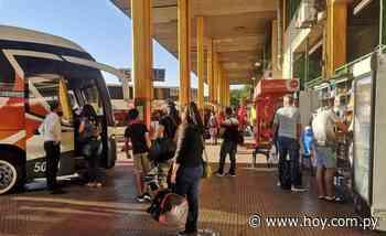 Reportan aumento de viajeros en la Terminal de Asunción, en coincidencia con el finde largo - Hoy