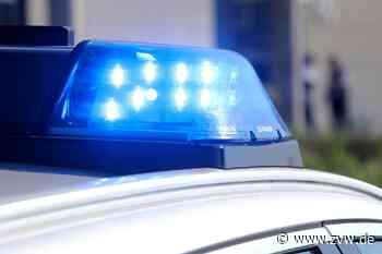 Unfall in Asperg: 86-jährige Autofahrerin kollidiert mit Baugerüst - Zeitungsverlag Waiblingen