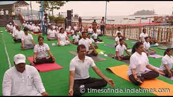World Tourism Day: Madhya Pradesh govt organises yoga sessions in Bhopal