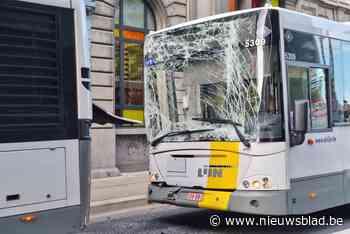 Negen gewonden bij ongeval met twee bussen van De Lijn voor Gentse schoolpoort