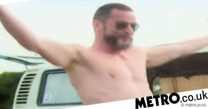 Gordon Ramsay horrified as Fred Sirieix dances around him naked in BTS clip from TV show