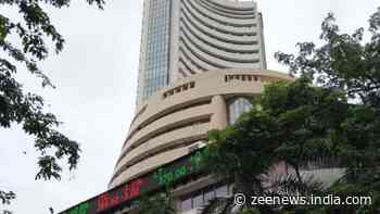 Sensex slumps 410 points to reach below 60,000 mark, Nifty drops to 17,750