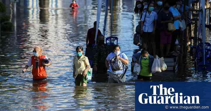 Bangkok on alert as 70,000 homes flood in Thailand