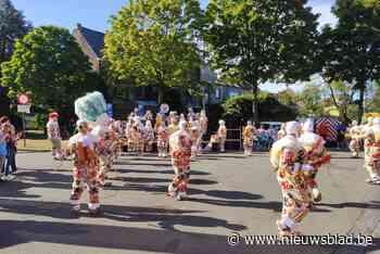 Gilles terug van weggeweest op Carnavalsbeurs (Aalst) - Het Nieuwsblad