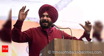 Switch hit: Sidhu quits as PCC chief; minister follows