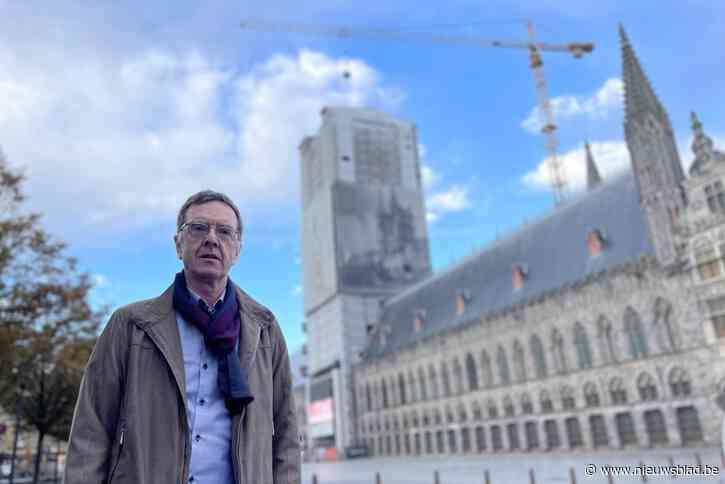 """Wereldwijde malaise in de bouw laat zich voelen op grootste werf van Ieper: """"Restauratie Lakenhallen dreigt 1,6 miljoen euro duurder te worden"""""""