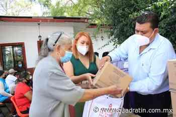 Pese a adversidades, entregan apoyos alimentarios en Jiquilpan - Quadratín - Quadratín Michoacán