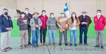 Usuarios de INDAP de Yerbas Buenas y Colbún recibieron incentivos para mejorar sus negocios productivos - Diario El Heraldo Linares