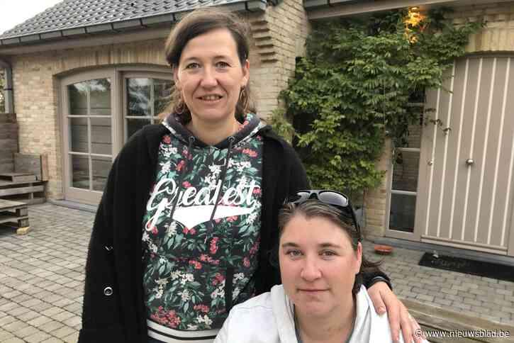 """Ellen (37) ontmoet helpende hand Heidi (39) na ongeval aan schietkraam waarbij ze permanente oogschade opliep: """"Mijn instinct nam het over"""""""