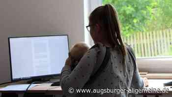 Mutter an der Uni Augsburg: Wie es ist, mit Kindern zu studieren