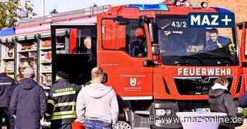 Pritzwalk: Feuerwehr Falkenhagen erhält neues Fahrzeug von Rosenbauer - Märkische Allgemeine Zeitung