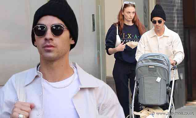Joe Jonas and Sophie Turner step out for a stroll the night after his band played Fenway Park - Daily Mail