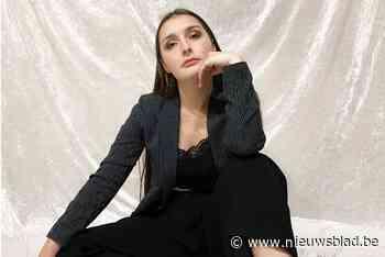 Emma (24) verraste in Waalse tv-talentenjacht en brengt nu eerste eigen nummers uit