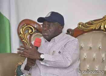 Gov Ikpeazu directs immediate work on Umuahia-Ikot Ekpene federal road after death of student - Daily Post Nigeria