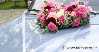 Bamberg: Unbekannter beschädigt geschmücktes Hochzeitsauto während Trauung