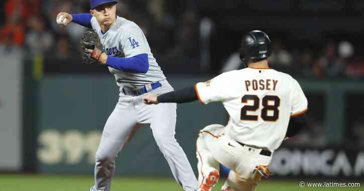 En Vivo: Dodgers vs. Gigantes de San Francisco en el Juego 2 de la Serie Divisional de los playoffs - Los Angeles Times