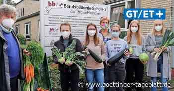 BBS 2 spendet Gemüse für Marktkirchengottesdienst und Flüchtlingsrettung