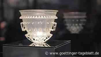 Forschende fügen römisches Glasgefäß aus Scherben wieder zusammen – viele Fragen bleiben offen