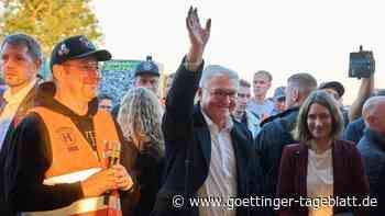 """Steinmeier bei Besuch im Ahrtal: """"Wir werden euch nicht vergessen"""