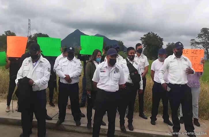 Protestan contra detención de director de Tránsito en Ciudad Mendoza | e-consulta.com 2021 - e-consulta Veracruz