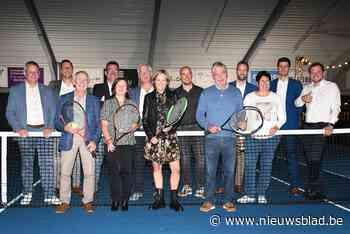 Tennishal en padelpleinen op domein De Pluimen officieel ingespeeld - Het Nieuwsblad