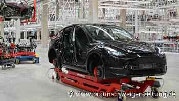 Entscheidung über Tesla-Genehmigung weiter offen
