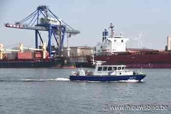 """Hevige rookontwikkeling op schip in Gentse haven: """"Niet giftig"""""""