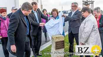 Neuer Gedenkstein in Königslutter erinnert an Partnerschaft